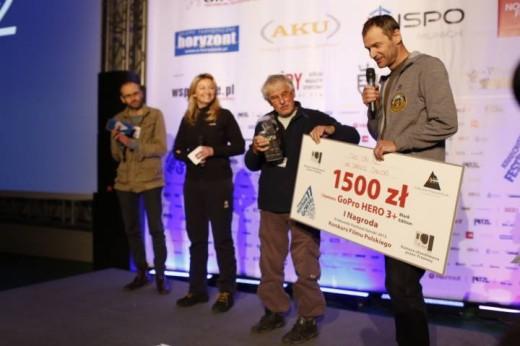 """Dariusz Załuski - zdobywca I Nagrody w Konkursie Filmu Polskiego za """"Two on K2"""" na 11. KFG (fot. Wojtek Lembryk / KFG)"""