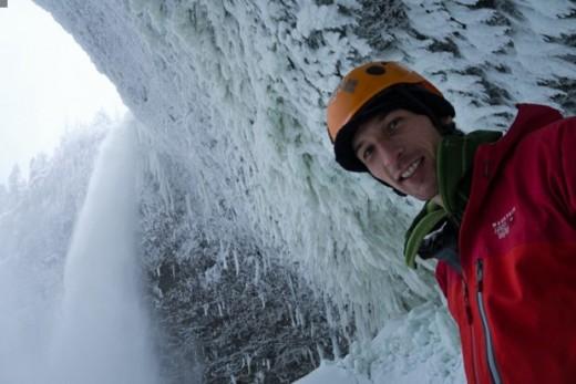 Klemen Premrl w Helmcken falls, Kanada (fot. arch. K. Premrl)